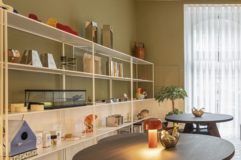 shelves-with-Kukas-objects-e1596732398991.jpg