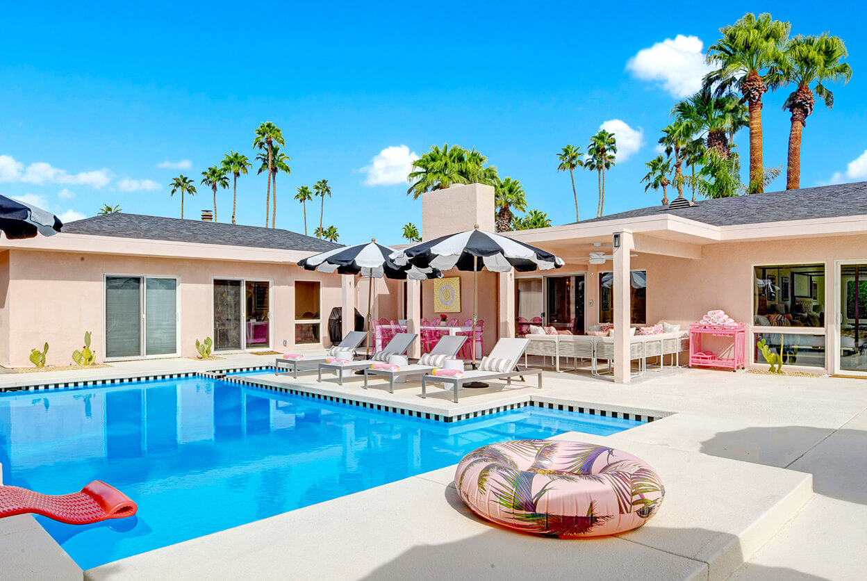Mod Mirror Villa, Palm Springs, California | modern vacation rentals