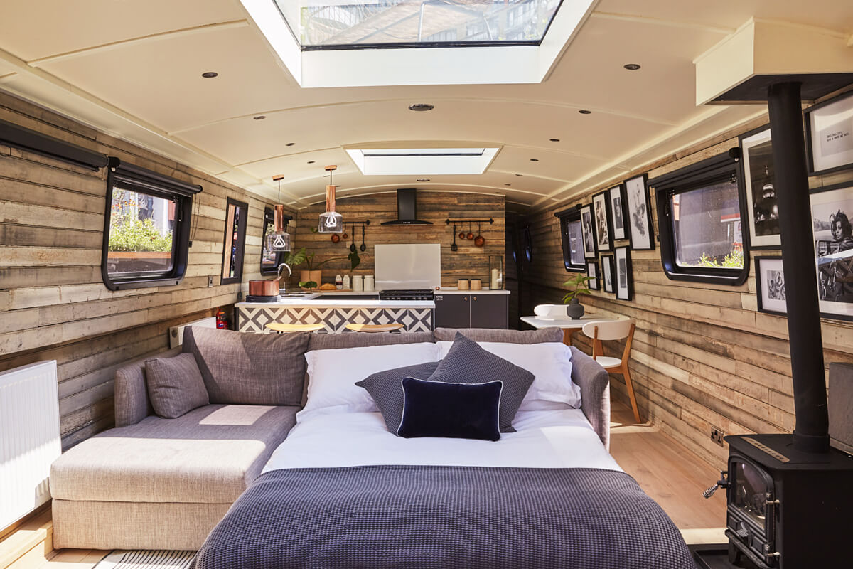 The Boathouse, London, England   vacation home rentals
