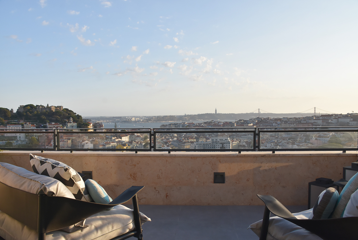 Damasceno Monteiro 42, Lisbon, Portugal | vacation homes for rent