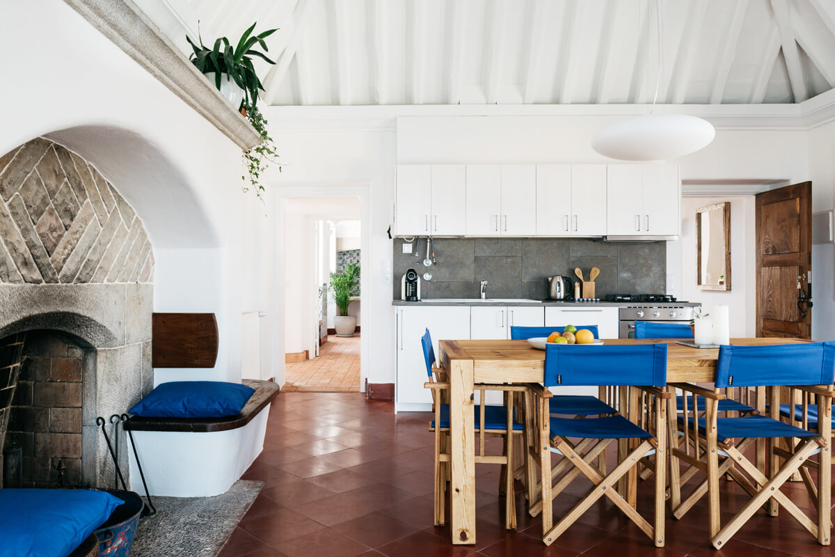 Outpost - Ocean Saloon, Colares, Portugal |