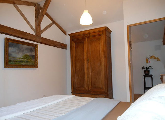 The Lake Cottage, Cazaubon, Gascony, France   cabin rentals