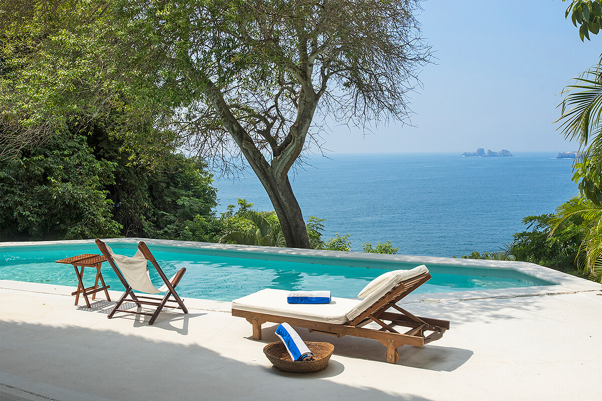 https://joinus.boutique-homes.com/storage/images/events/americas/mexico/events-at-house-of-the-sun/54665a99ce87a-modern_vacation_rentals_ixtapa_mexico_002.jpg?s=1