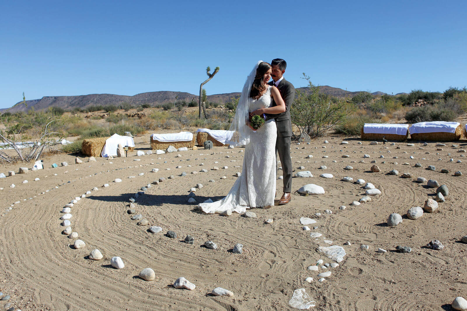 https://joinus.boutique-homes.com/storage/images/events/americas/united-states/events-at-high-desert-eden/event_venues_pioneertown_017.jpg?s=1&t=2