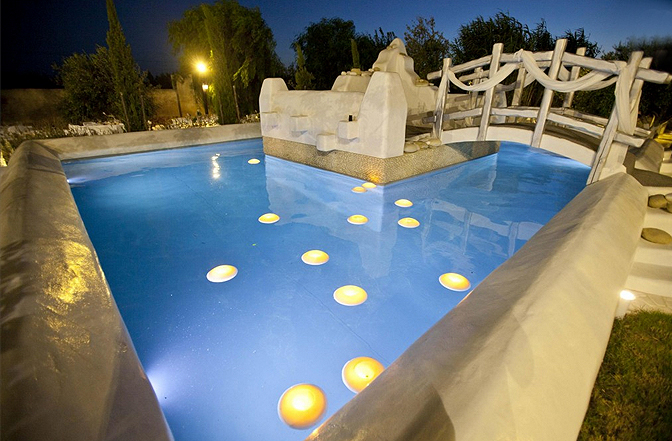 https://joinus.boutique-homes.com/storage/images/events/europa/greece/events-at-kallos-naxos-naxos-island-greece/events_at_naxos_island_greece_010.jpg?s=1