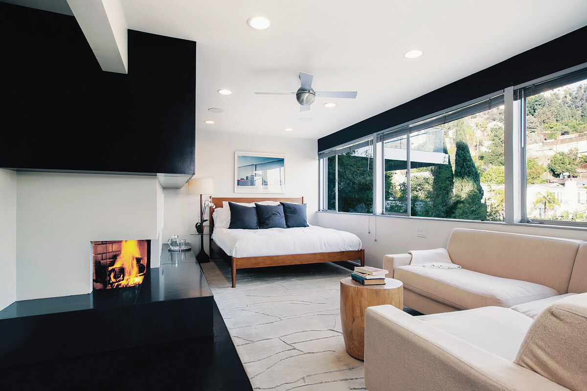 Lew House, Hollywood Hills, California   holiday homes, holiday rentals