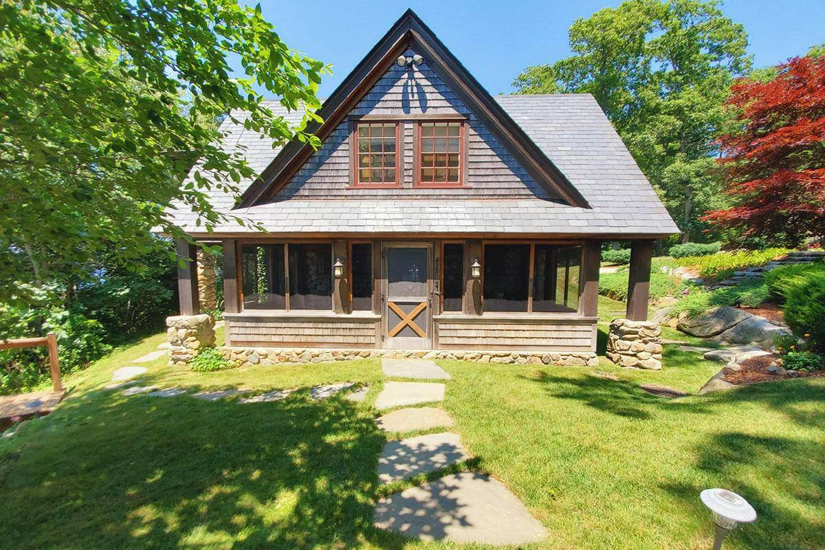 Sweetheart Cottage - Rochester, Plymouth County, United States | cabin rentals | cabin rentals
