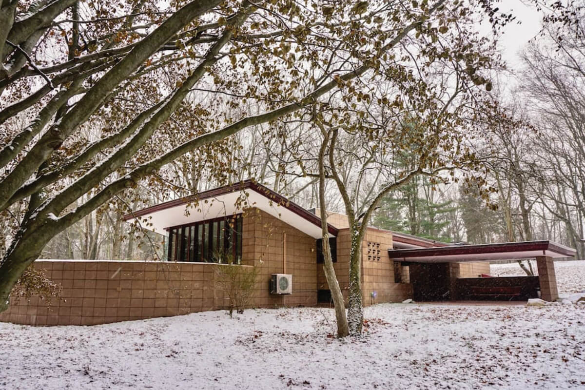 The Eppstein House, Galesburg, Michigan | holiday homes, holiday rentals