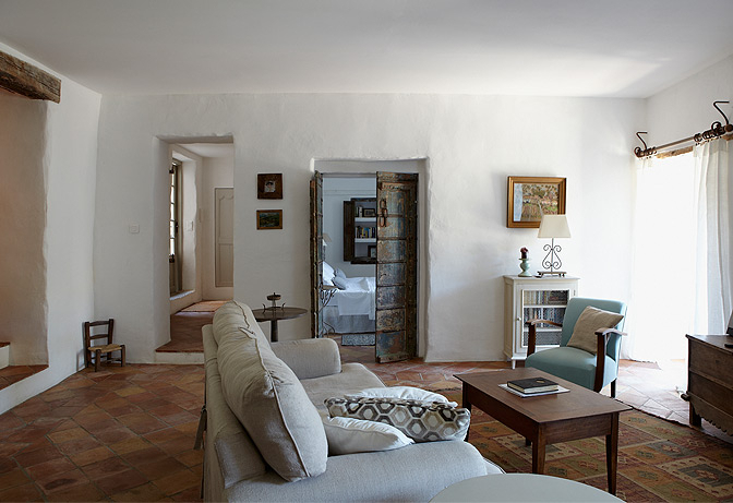 Ramparts and Riverview, Lagrasse, Languedoc, France   vacation home rentals
