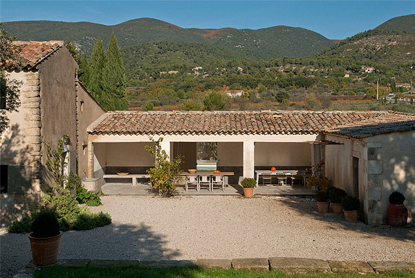 Vaugines Farmhouse, Luberon, Provence, France | vacation home rentals