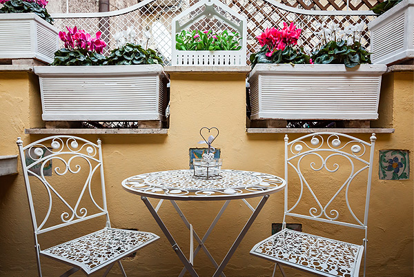 De Fiori Apartment, Rome, Italy | vacation homes for rent
