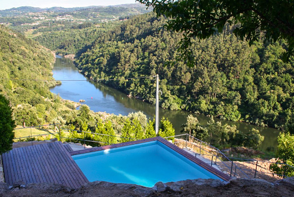 House on the River, Porto, Portugal   vacation home rentals