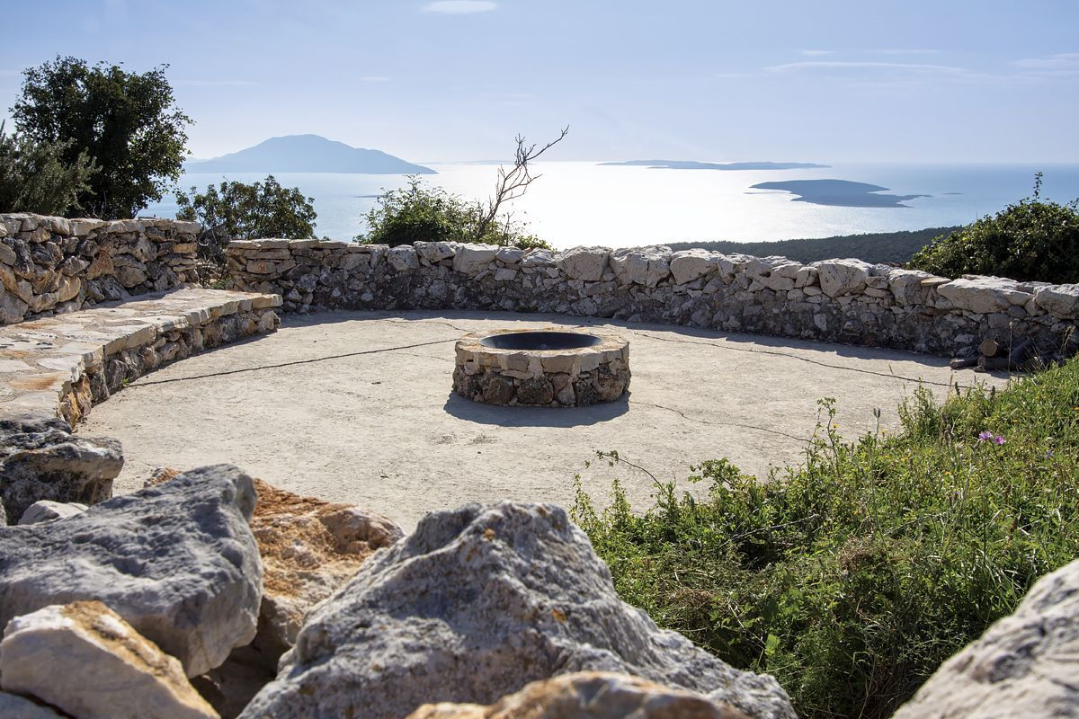 Vidovici Magazin, Island of Cres, Croatia   vacation homes for rent