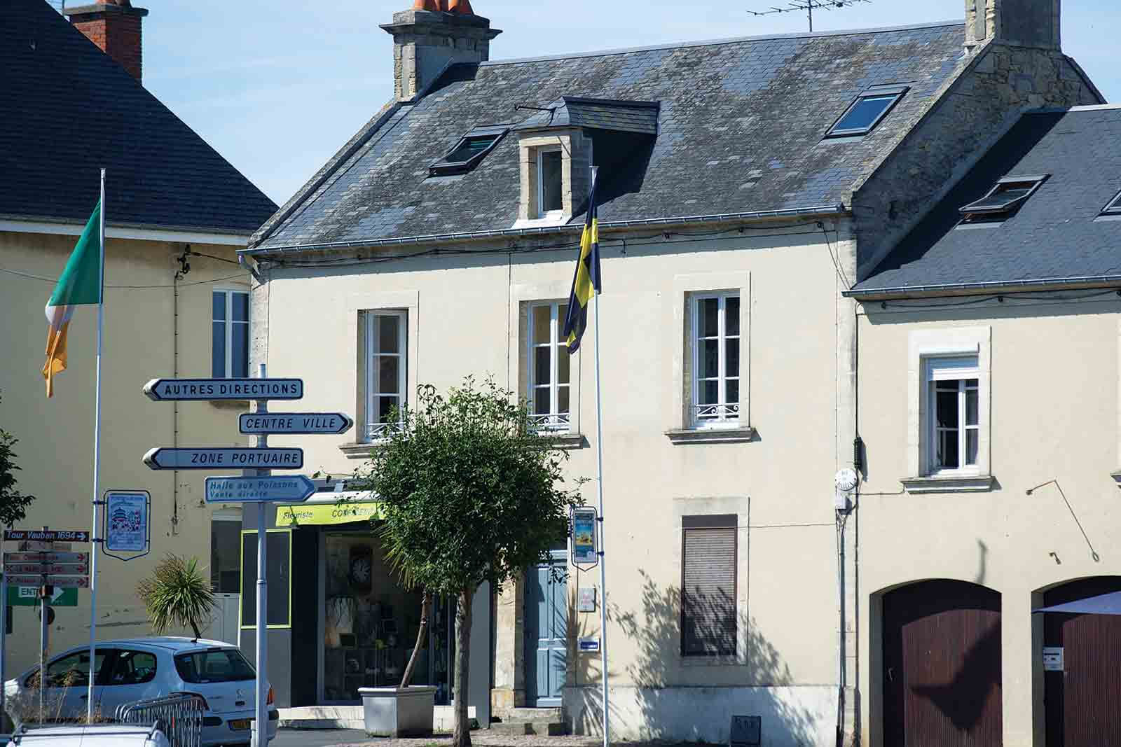 Port-en-Bessin Apartment, Normandy, France | vacation homes for rent