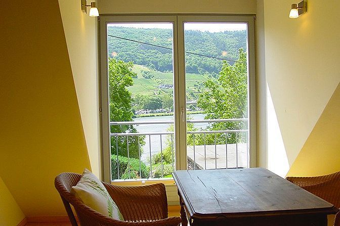 Gabled Apartment, Senhals, Germany   vacation homes for rent