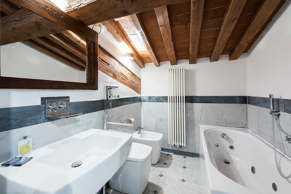 Elegant Duomo Apartment, Florence, Italy | vacation homes for rent