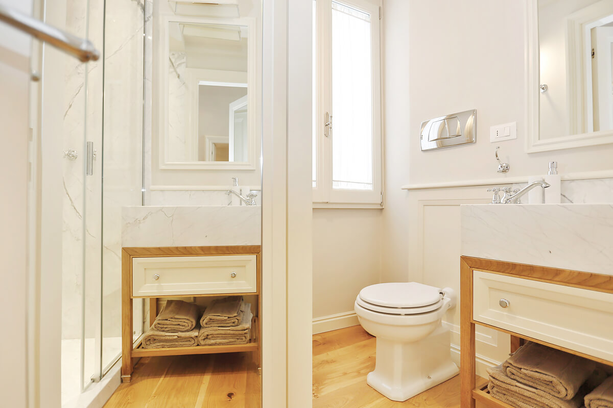 Piccola Suite di Lusso - Florence, Tuscany, Italy   vacation homes for rent