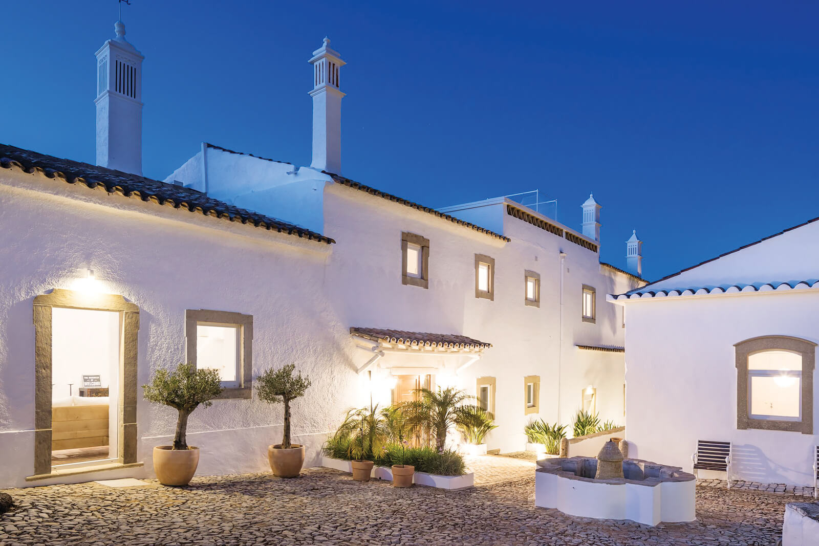 Farmhouse of the Palms Guesthouse, Faro, Portugal   vacation home rentals