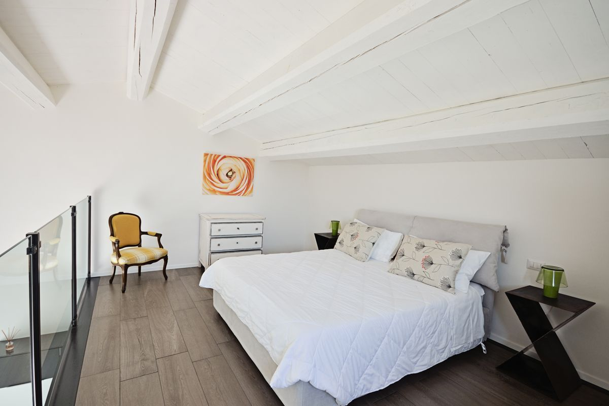 Cingoli Lofts: Alba, Le Marche, Italy | vacation homes for rent