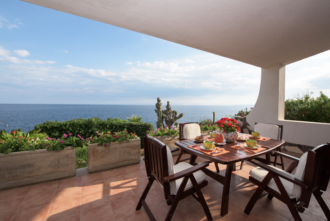 Villa Plemmiri, Plemmirio. Sicily, Italy | villas for rent, villas to rent